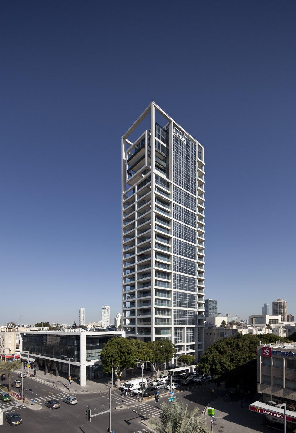 מגדל השופטים, תל אביב (בשיתוף רני זיס אדריכלים). צילום: עמית גרון
