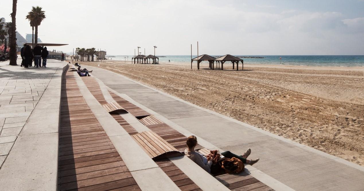 טיילת החוף ע״ש להט בתל אביב. צילום: אביעד בר נס